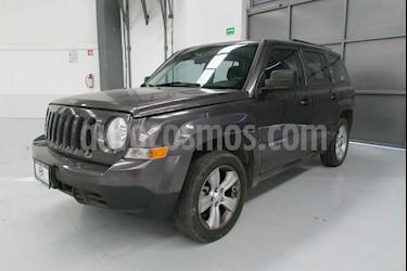 Foto venta Auto usado Jeep Patriot 5p Sport L4/2.4 Aut (2015) color Gris precio $215,000