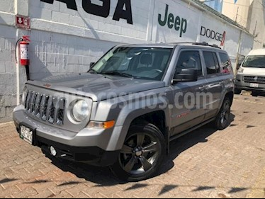 Jeep Patriot 5P LATITUDE CVT DVD usado (2016) color Gris precio $270,000