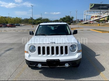 Jeep Patriot 4x2 Limited CVT Nav usado (2015) color Blanco precio $215,000
