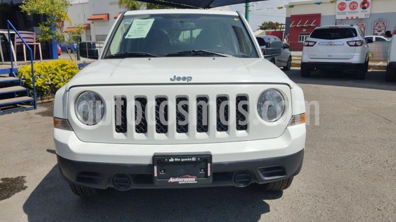 Jeep Patriot 4x2 Sport usado (2017) color Blanco precio $250,000