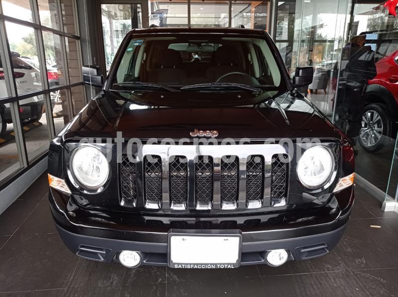 Jeep Patriot 4x2 Latitude Aut  usado (2016) color Negro precio $218,000