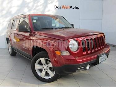 Jeep Patriot 4x2 Latitude Aut  usado (2015) color Rojo Cerezo precio $199,000