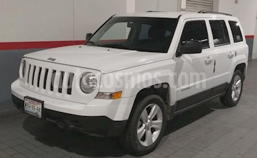 Jeep Patriot 5P SPORT AT VE usado (2015) color Blanco precio $196,000