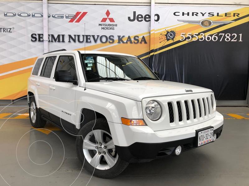 Jeep Patriot 4x2 Latitude Aut  usado (2014) color Blanco precio $185,000