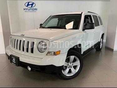 Jeep Patriot 5p Sport L4/2.4 Aut usado (2015) color Blanco precio $210,000