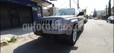 Jeep Patriot 4x2 Latitude Aut  usado (2016) color Gris precio $227,000
