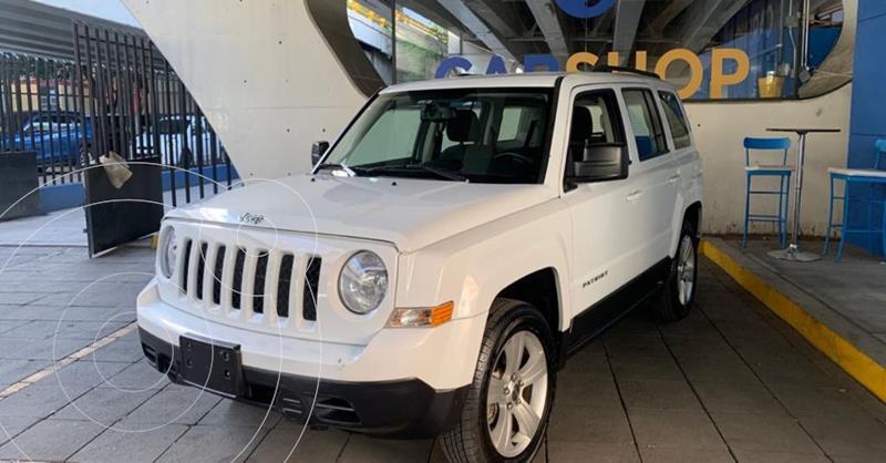 Foto Jeep Patriot 4x2 Sport usado (2017) color Blanco precio $214,900