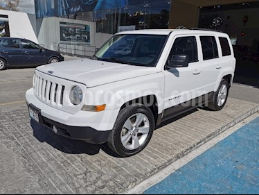 Jeep Patriot 4x2 Latitude Aut  usado (2015) color Blanco precio $199,000