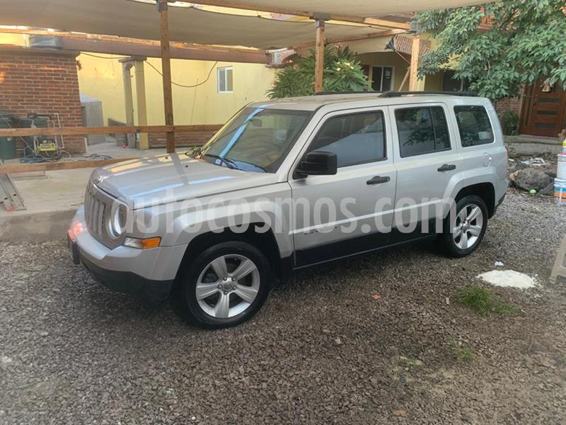 Jeep Patriot 4x2 Base usado (2013) color Gris precio $140,000