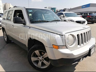 Foto Jeep Patriot 4x2 Limited CVT usado (2014) color Plata precio $198,000