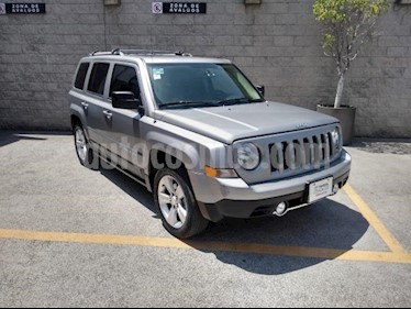 Jeep Patriot 5P LIMITED CVT VE6 CD PIEL QC GPS usado (2015) color Plata precio $210,000
