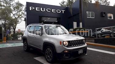 Foto venta Auto usado Jeep Renegade 4x2 Latitude Aut (2017) color Plata Hielo precio $329,900