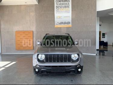 Foto Jeep Renegade 4x2 Latitude Aut usado (2019) color Gris Ceniza precio $369,000