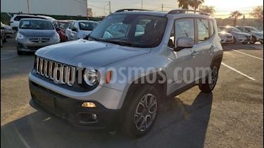 Foto venta Auto usado Jeep Renegade 4x2 Latitude Aut (2018) color Plata precio $379,800