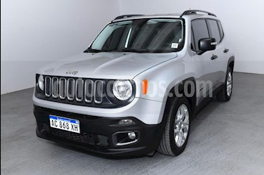 Jeep Renegade Sport usado (2018) color Gris Claro precio $1.280.000