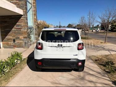 Foto venta Auto usado Jeep Renegade Longitude Aut (2019) color Gris Oscuro precio $1.008.000