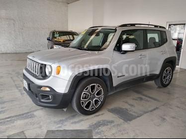 Jeep Renegade 4x2 Latitude Aut usado (2018) color Plata precio $360,000