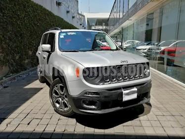 Jeep Renegade 5P LATITUDE TA BA A/AC AUT. PIEL VE RA-18 usado (2018) color Plata precio $335,000