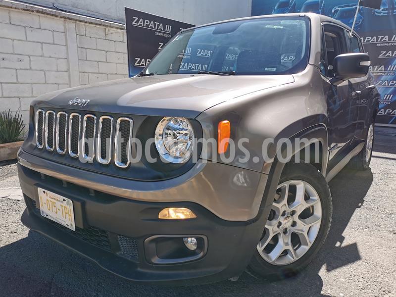 Foto Jeep Renegade 4x2 Sport Aut usado (2018) color Verde precio $310,000