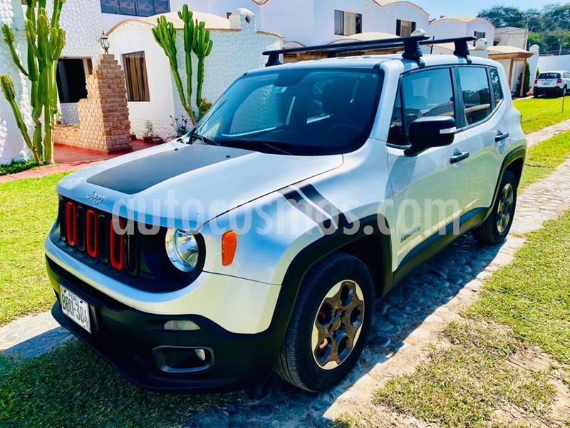 Jeep Renegade 1.8L Sport  usado (2018) color Plata precio u$s17,300