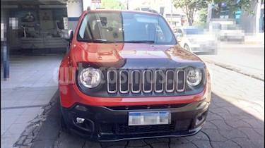 Foto venta Auto usado Jeep Renegade Sport Aut (2017) color Rojo precio $695.000