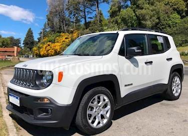 Foto venta Auto Usado Jeep Renegade Sport Plus Aut (2018) color Blanco Alpine precio $740.000