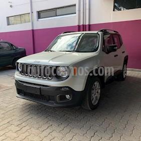 Foto Jeep Renegade Sport usado (2019) color Blanco precio $1.111