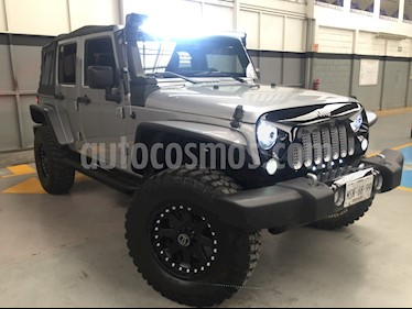 Foto venta Auto usado Jeep Wrangler 5p Unlimited Willys Wheeler V6/3.6 Aut (2014) color Plata precio $620,000