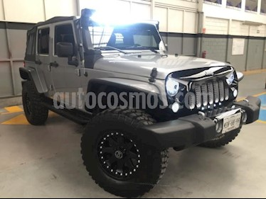 Foto venta Auto usado Jeep Wrangler 5p Unlimited Willys Wheeler V6/3.6 Aut (2014) color Plata precio $545,000