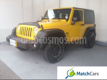 foto Jeep Wrangler 3.6L Sport  Aut usado (2015) color Amarillo Mostaza precio $110.000.000
