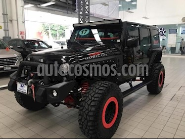 Foto Jeep Wrangler 5p Unlimited Rubicon V6/3.6 Aut usado (2017) color Negro precio $750,000
