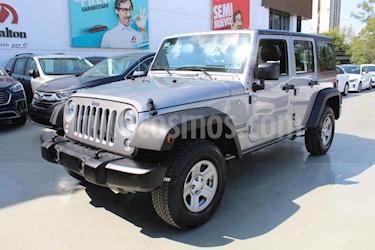 Jeep Wrangler Unlimited JK Sport 4x4 3.6L Aut usado (2018) color Plata precio $495,000