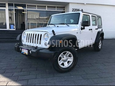 Jeep Wrangler 5p Unlimited Sport V6/3.6 Aut usado (2018) color Blanco precio $479,800