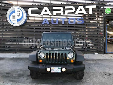 foto Jeep Wrangler Unlimited Rubicon 4x4 3.8L Aut usado (2010) color Verde precio $339,000
