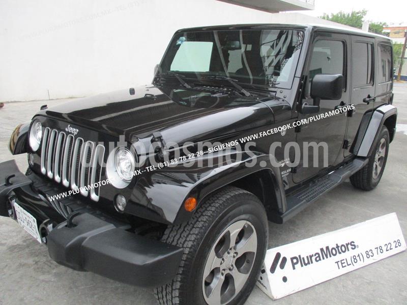 foto Jeep Wrangler Unlimited Sahara 4x4 3.6L Aut usado (2017) color Negro precio $579,000