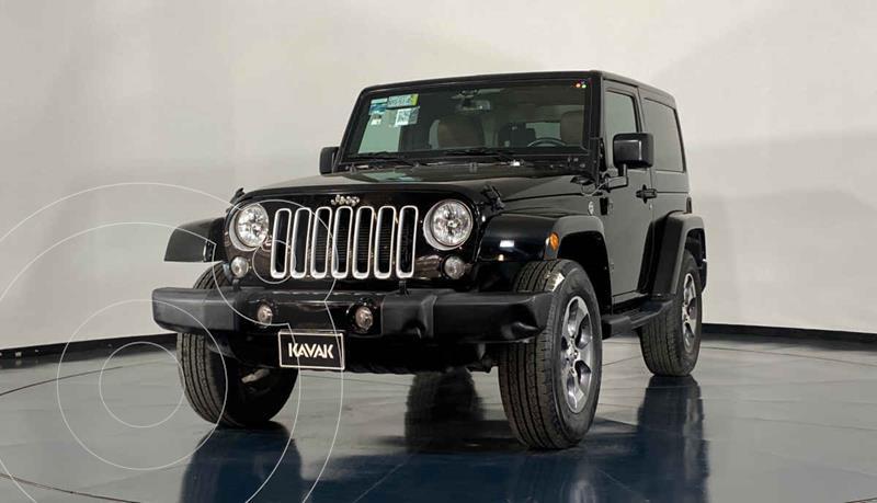 Foto Jeep Wrangler Sahara 4x4 3.6L Aut usado (2016) color Blanco precio $597,999
