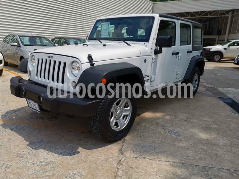 Jeep Wrangler Unlimited Sport 4x4 3.6L Aut usado (2018) color Blanco precio $509,000