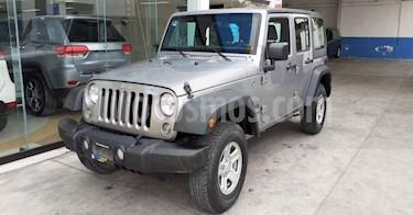 Jeep Wrangler 5p Unlimited Sport V6/3.6 Aut usado (2018) color Plata precio $469,800