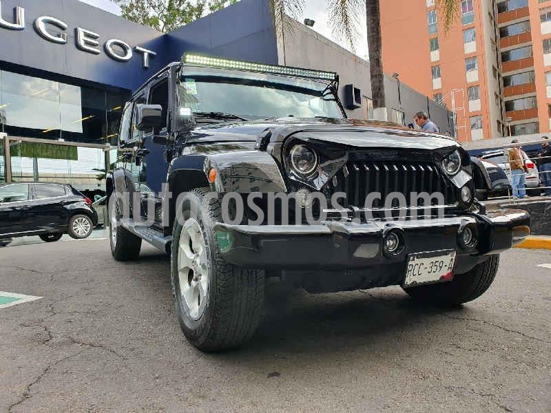 Jeep Wrangler Unlimited JK Sahara 4x4 3.6L Aut usado (2015) color Negro precio $514,900