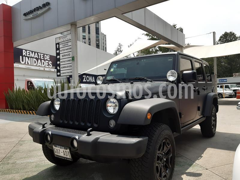 Jeep Wrangler Unlimited Sahara 4x4 3.6L Aut usado (2015) color Negro precio $550,000