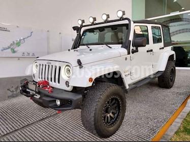 Jeep Wrangler Unlimited Sahara 4x4 3.6L Aut usado (2015) color Blanco precio $520,000
