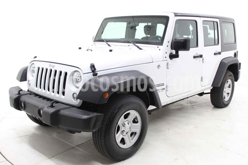 Jeep Wrangler Unlimited JK Sport 4x4 3.6L Aut usado (2018) color Blanco precio $495,000