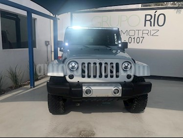 Foto venta Auto usado Jeep Wrangler Sahara 4x4 3.6L Aut (2015) color Blanco precio $469,000