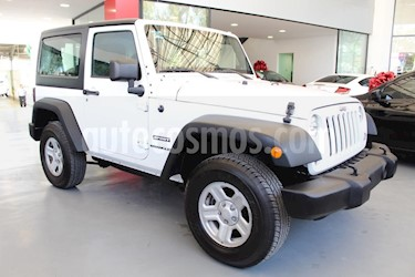 Foto venta Auto Seminuevo Jeep Wrangler Sport MTX 4x4 3.6L (2014) color Blanco precio $310,000