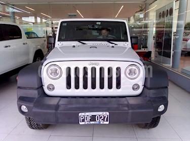 Foto venta Auto Usado Jeep Wrangler Sport Unlimited (2012) color Blanco precio u$s35.000