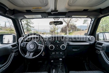 Jeep Wrangler Unlimited 3.8L Rubicon 5P usado (2012) color Negro precio $13.500.000