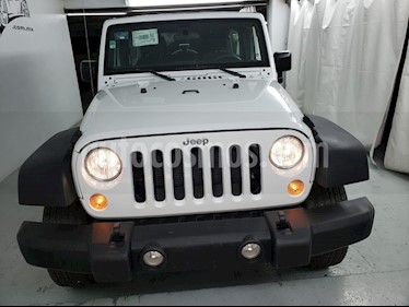 Foto venta Auto usado Jeep Wrangler Unlimited JK Sport 4x4 3.6L Aut (2018) color Blanco precio $559,000