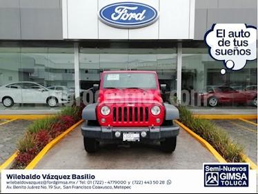 Foto venta Auto Seminuevo Jeep Wrangler Unlimited Sport 4x4 3.6L Aut (2016) color Rojo precio $449,000