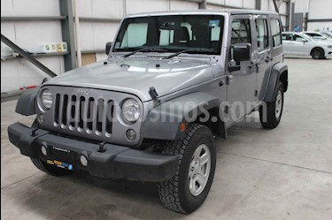 Jeep Wrangler Unlimited Sport 4x4 3.6L Aut usado (2018) color Plata precio $469,800