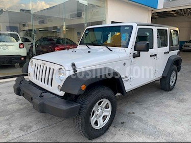 Jeep Wrangler Unlimited Sport 4x4 3.6L Aut usado (2018) color Blanco precio $469,800